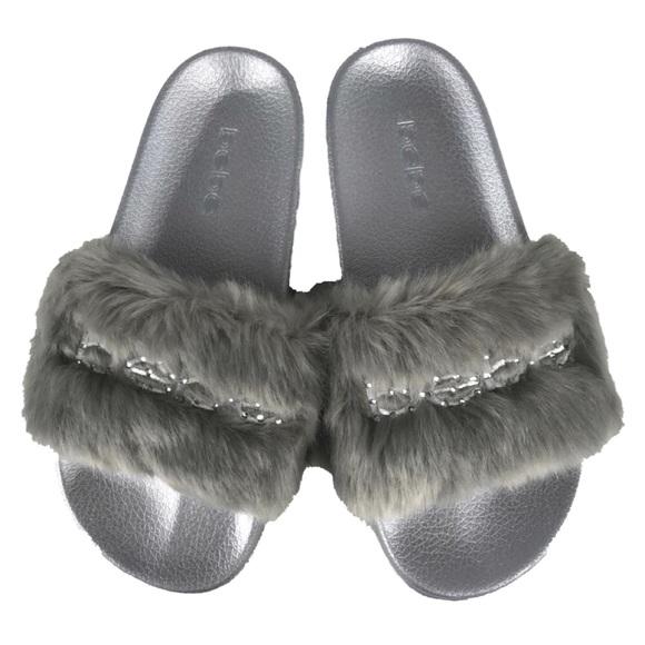 206d06763a7f bebe Shoes - Bebe Slippers Furiosa Gray Olive Faux Fur